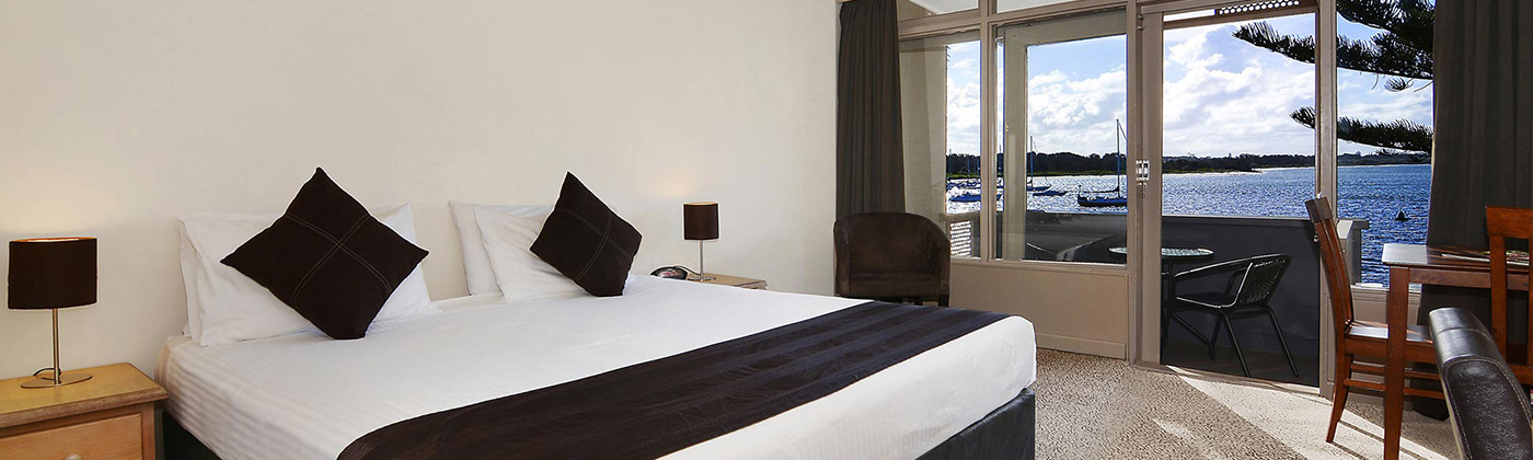 Waters Edge Hotel Accommodation